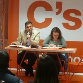 Encuentro ciudadano con los diputados del Parlamento Andaluz