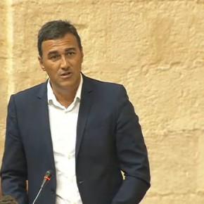 Carlos Hernández exige a la Junta que dote de camas y recursos sanitarios públicos a la Costa del Sol por estar a la cola de Andalucía