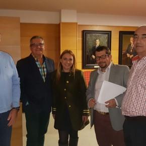 Ciudadanos consigue que su moción para hacer de Torremolinos un municipio sin gluten dé sus primeros pasos tras una reunión con comerciantes y hosteleros