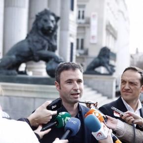 Guillermo Díaz registra en el Congreso una iniciativa para modificar el Código Civil y que las mascotas no sean consideradas como cosas