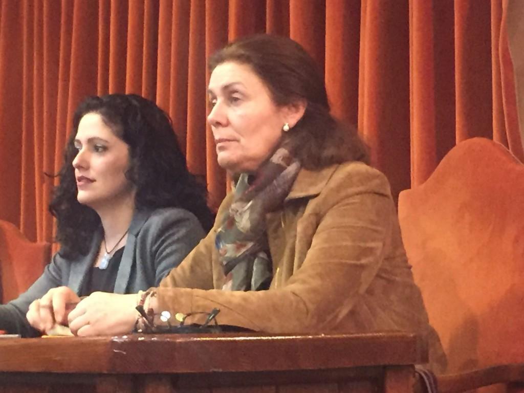 María del Carmen López y Lola Sánchez Nerja