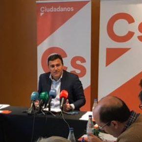"""Carlos Hernández escribe en Málaga Actualidad """"El valor de escuchar a los ciudadanos"""""""