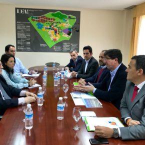 Ciudadanos cierra un acuerdo con la Junta para que este año se decida el mapa de transporte público que necesita el PTA
