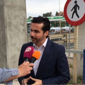 Ciudadanos reclama una mayor agilidad en las reparaciones de la pasarela de la A7 entre Fuengirola y Mijas