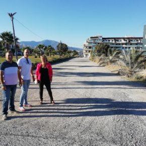 Ciudadanos Manilva traslada al Ayuntamiento la necesidad de asfaltar y acondicionar el vial Manuel de Falla
