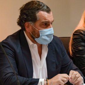 Vargas apela al sentido común y pide multiplicar por tres las ayudas a los autónomos de Benalmádena
